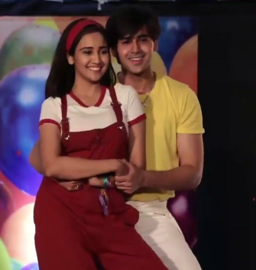 Yeh Un Dinon Ki Baat Hai: Sameer-Naina turn Rahul-Anjali from Kuch Kuch Hota Hai 2