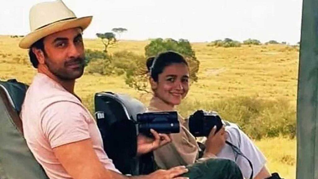 Alia Bhatt and Ranbir Kapoor's chemistry will make you blush
