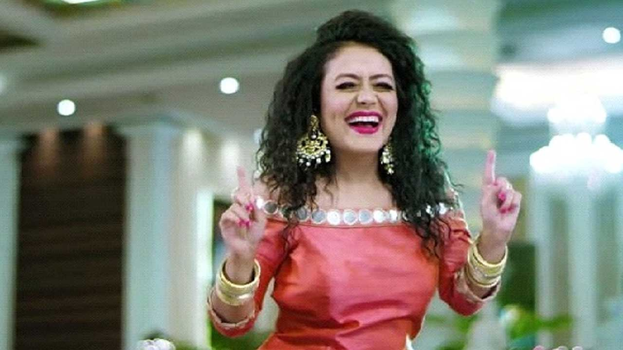 A Dose Of The Beautiful Neha Kakkar To Make Your Day Brighter Iwmbuzz
