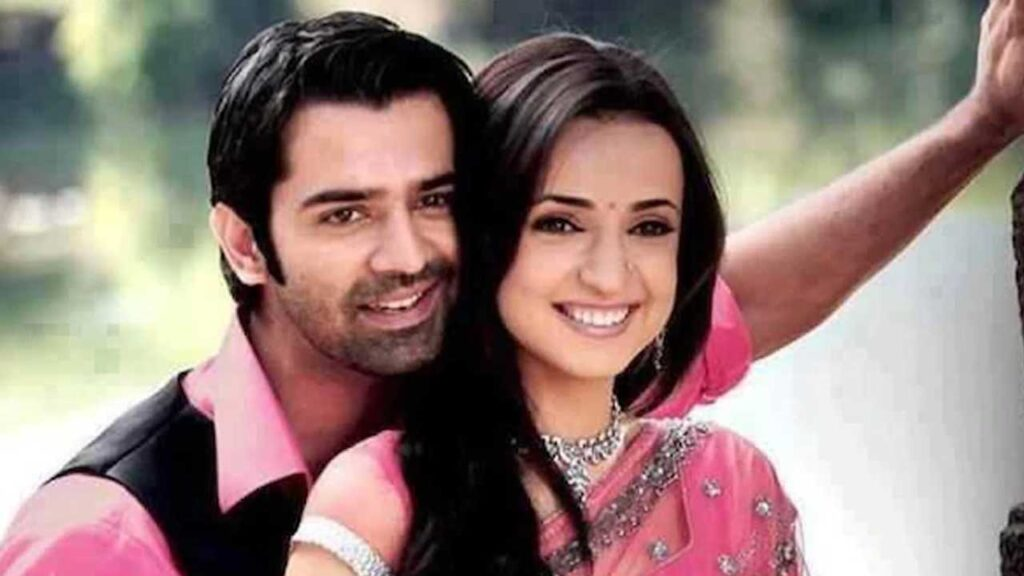 All the times Sanaya Irani and Barun Sobti made us blush with their crackling chemistry