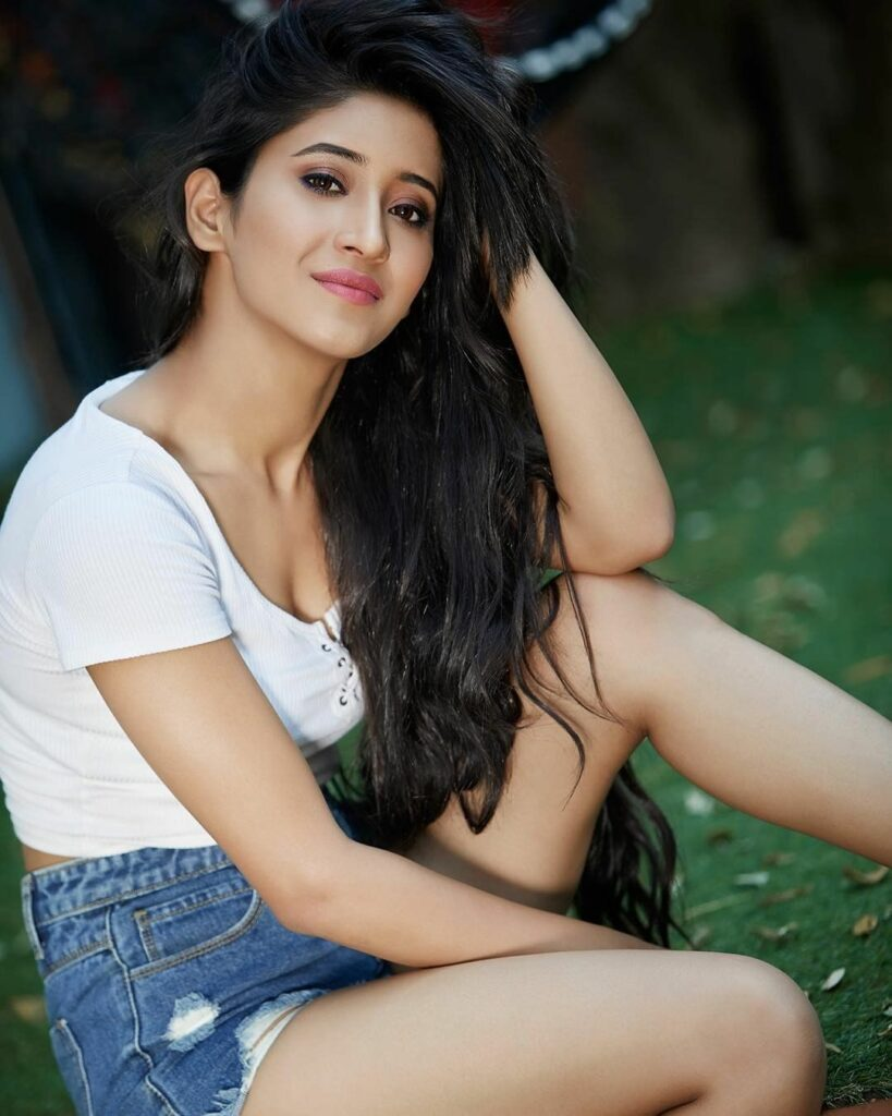 All the times Shivangi Joshi's hair was absolute goals 1