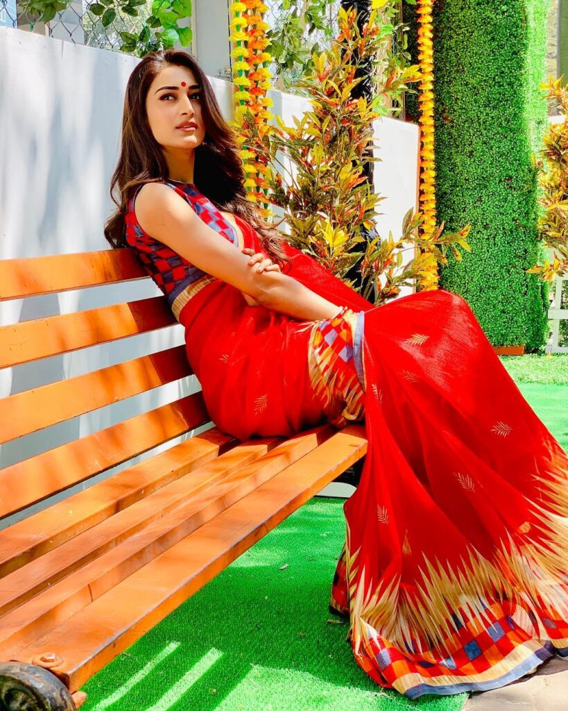 All the times when Erica Fernandes gave fashion goals in Kasautii Zindagii Kay 7