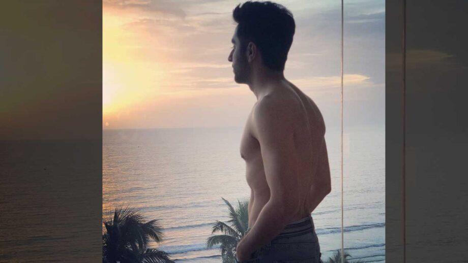 Ayushmann Khurrana shirtless