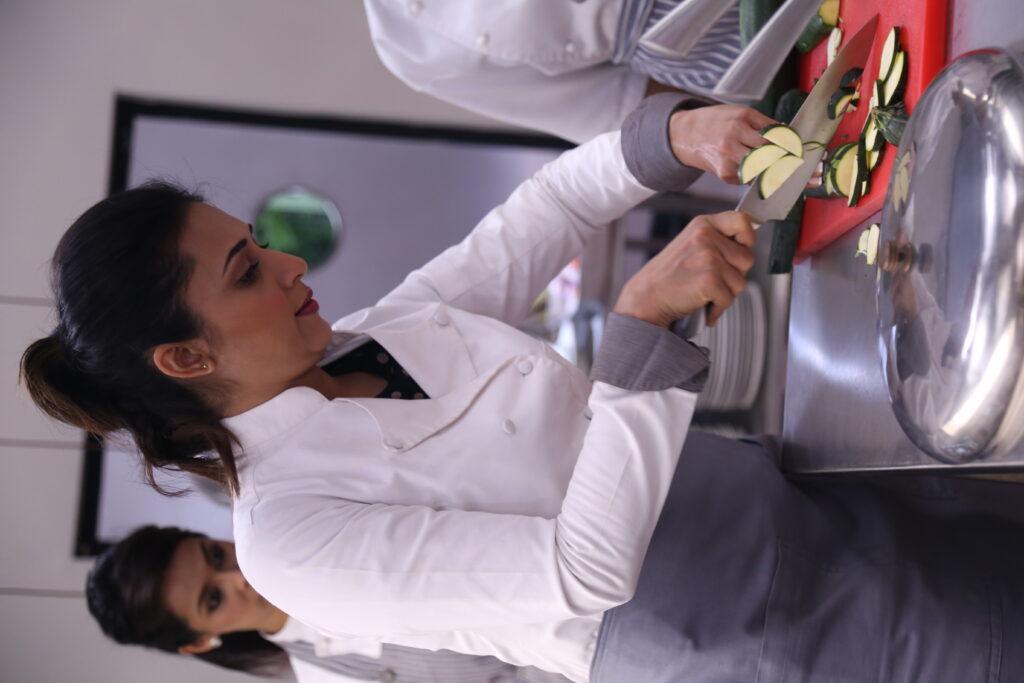 Divyanka Tripathi sheds her BAHU image with Cold Lassi Aur Chicken Masala 3