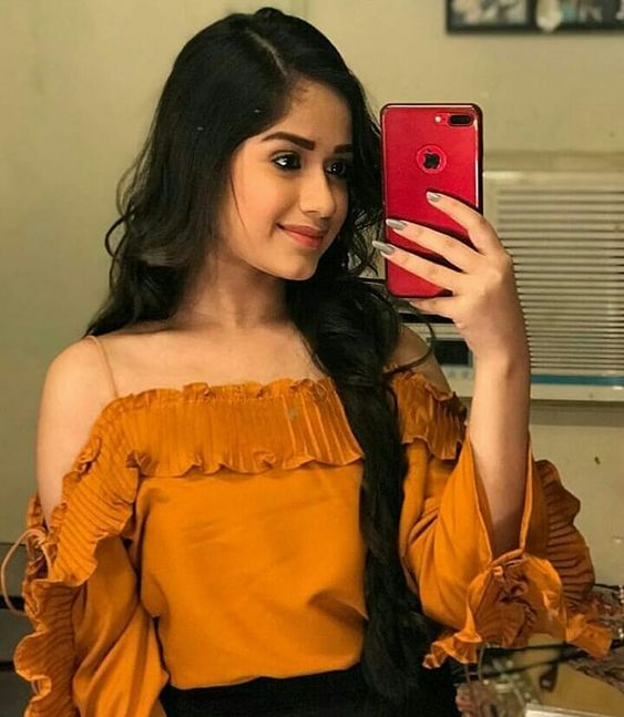 Get adventurous with TikTok star Jannat Zubair 2
