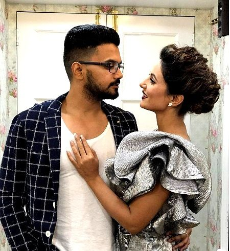 Hina Khan and Rohit Jaiswal's pictures are giving us major relationship goals 6