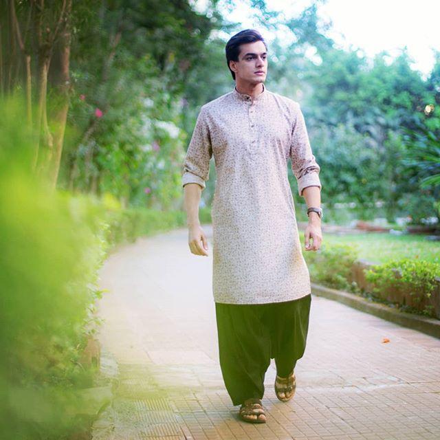 Killer looks of Mohsin Khan 1