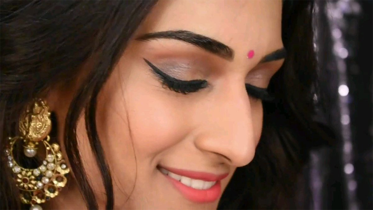 Need Some Beauty Tips? Erica Fernandes Youtube Channel Should Be