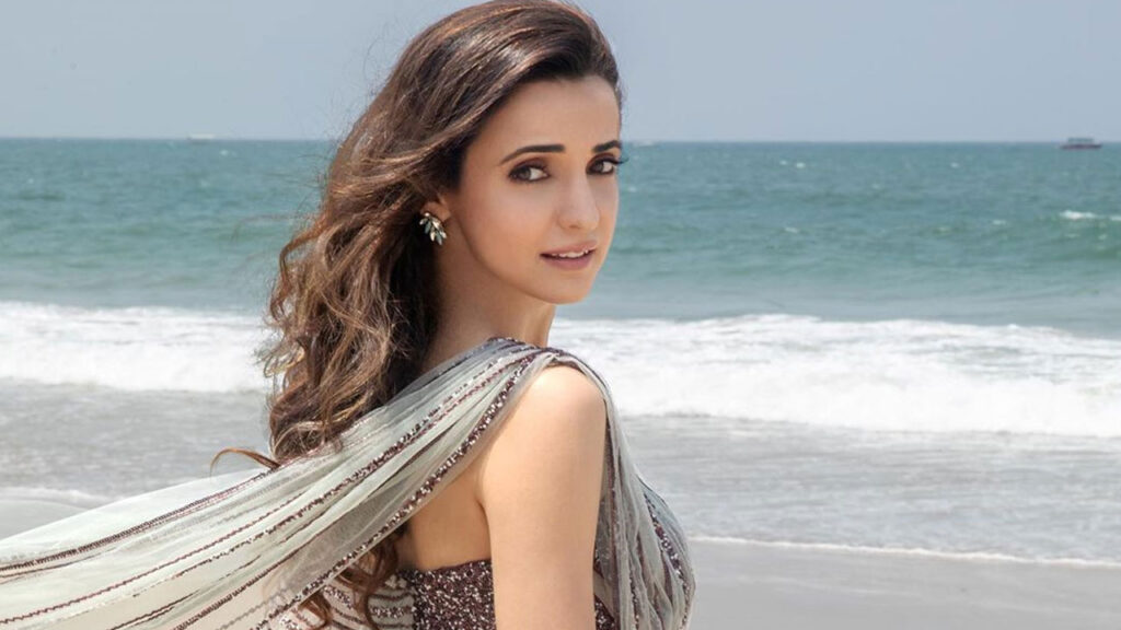 Pictures of Sanaya Irani that prove she is the ultimate girl next door of telly town 7