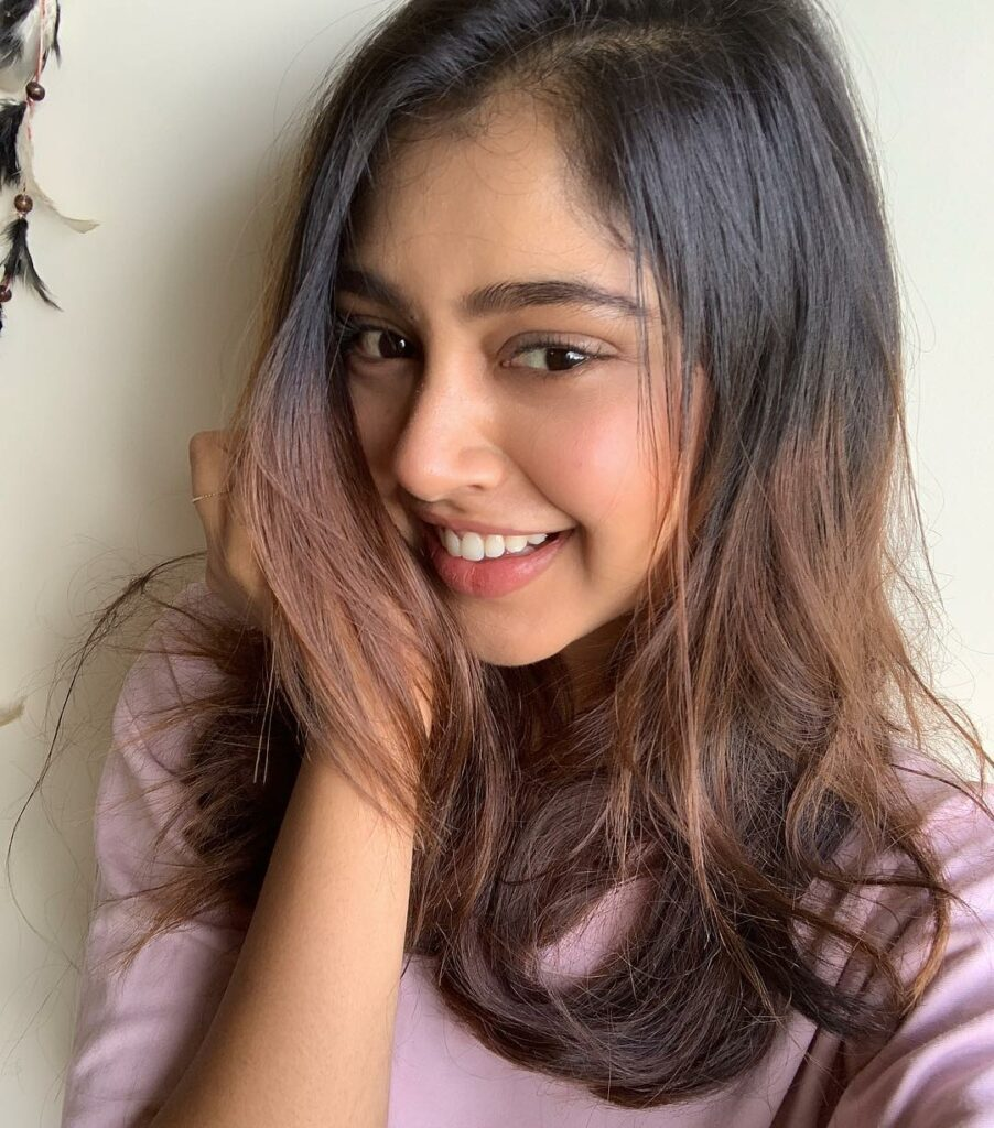 Posts that prove Niti Taylor is the most relatable celebrity ever! 1