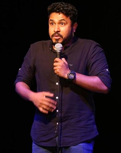 Reasons to watch Indian Stand Up Comedian Abish Mathew Live in Action 1