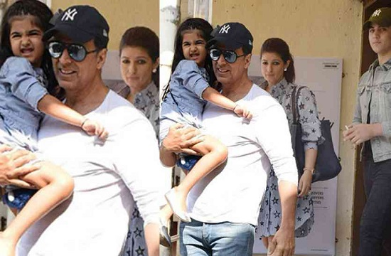 Reasons Why Akshay Kumar Is the Perfect Role Model Celebrity 2