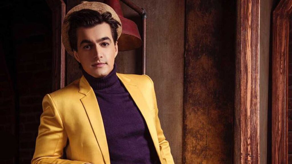 Top killer looks of Mohsin Khan that had us sweating! 4