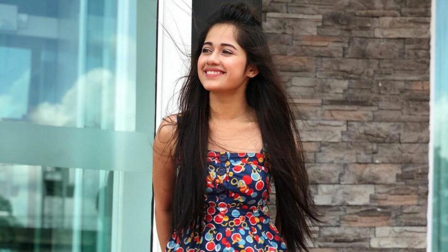What makes TikTok star Jannat Zubair so popular with the internet? 7