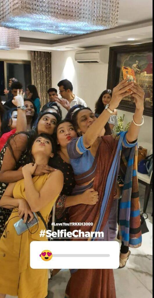 Yeh Rishta Kya Kehlata Hai: Mohsin Khan, Shivangi Joshi and team party hard on 3000 episodes completion 9