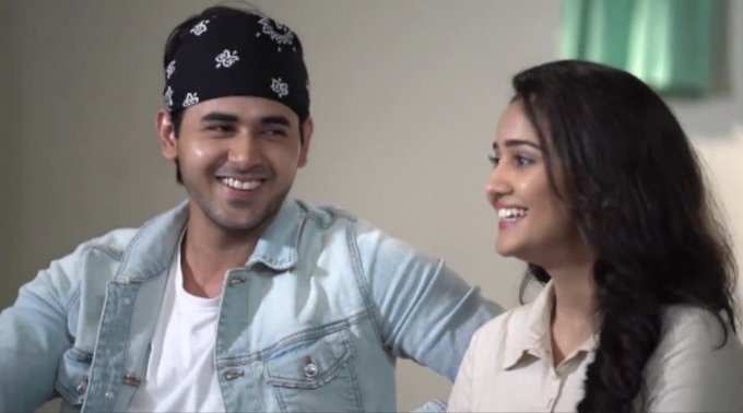 #YUDKBHTurns2: Lovebirds Sameer and Naina's journey 4