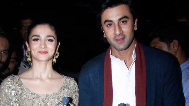 Cute pictures of Alia Bhatt and Ranbir Kapoor that will make you fall in love 4