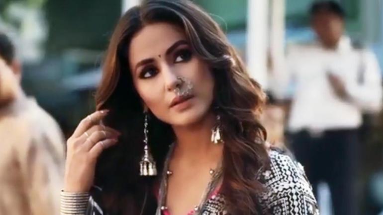 From Akshara to Komolika: The many looks of Hina Khan! 3