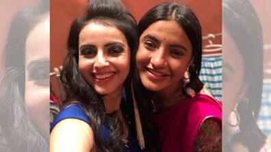 Guju girls Shrenu Parikh and Meera Deosthale's happy bonding