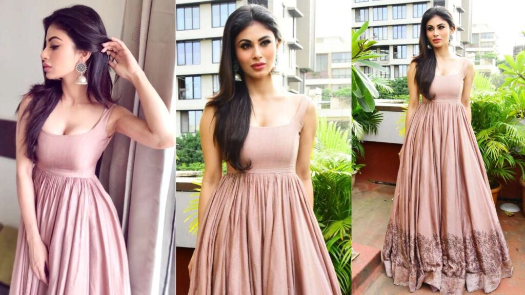 Mouni Roy's ethnic looks are perfect for this wedding season 3