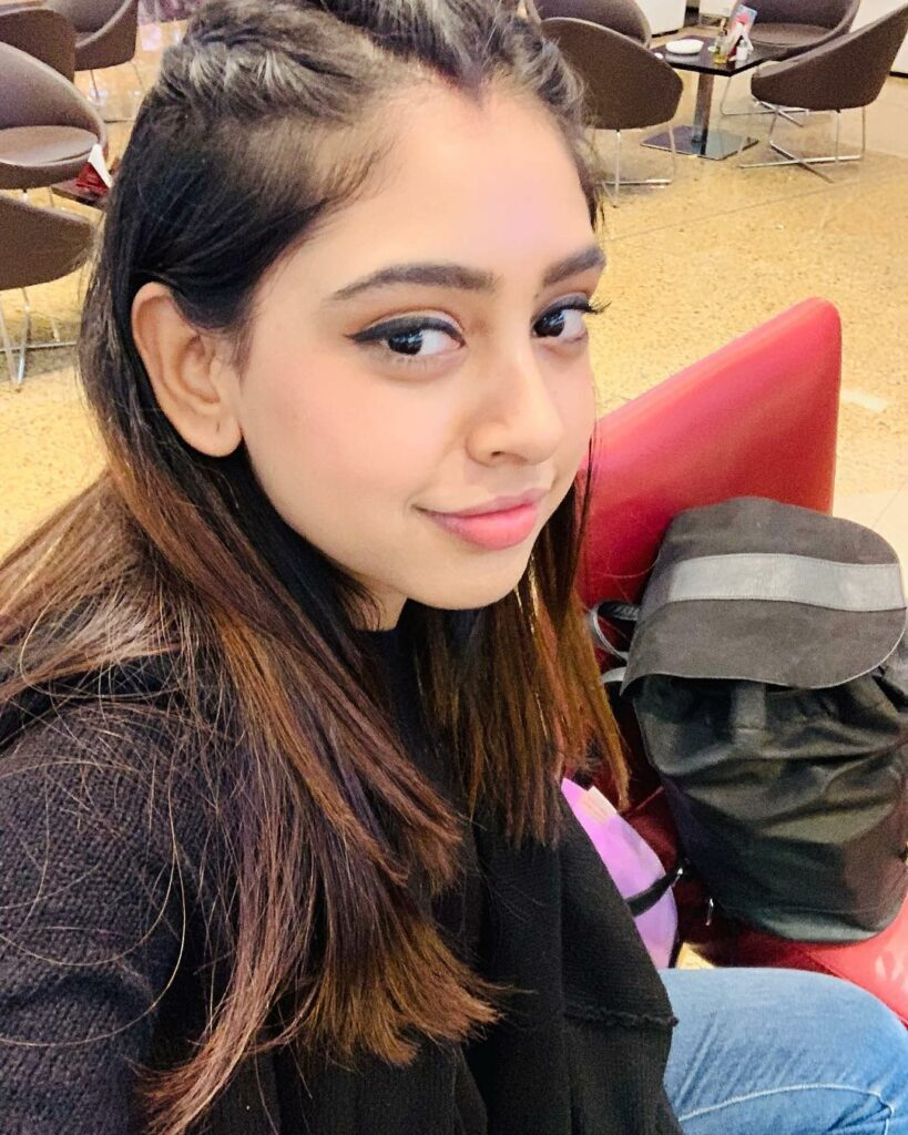 Niti Taylor is the only girl we are crushing on, here's why 5