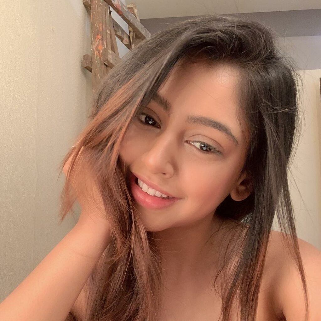 Niti Taylor is the only girl we are crushing on, here's why 7