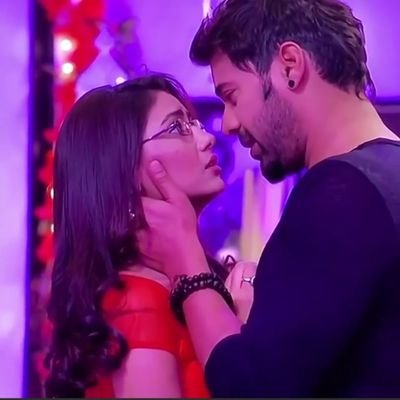 Pictures of Kumkum Bhagya's Abhi and Pragya that are pure LOVE 2