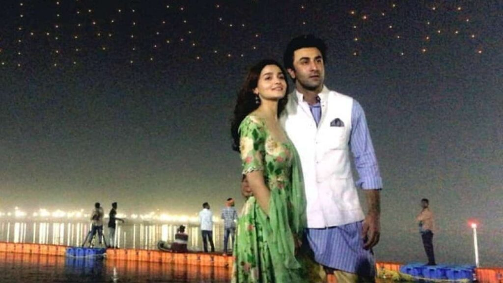 Pictures that prove Alia and Ranbir are the cutest couple in B-Town right now