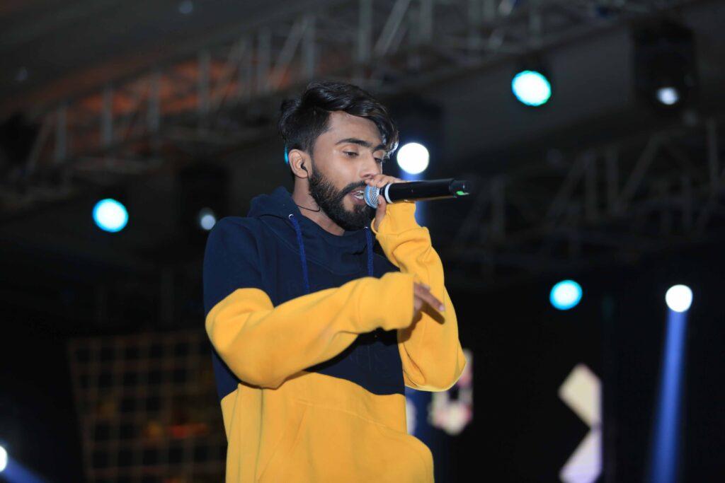 Amazing hosts and performances at MTV IWMBuzz Digital Awards 2019 6