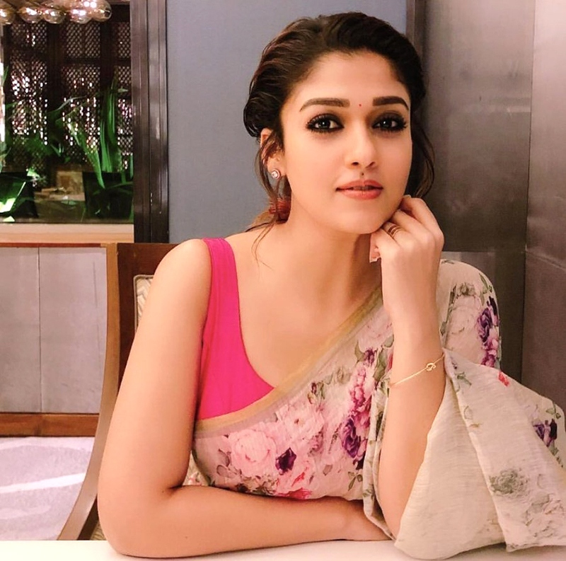 Amazing unseen pictures of Nayanthara in a saree 5