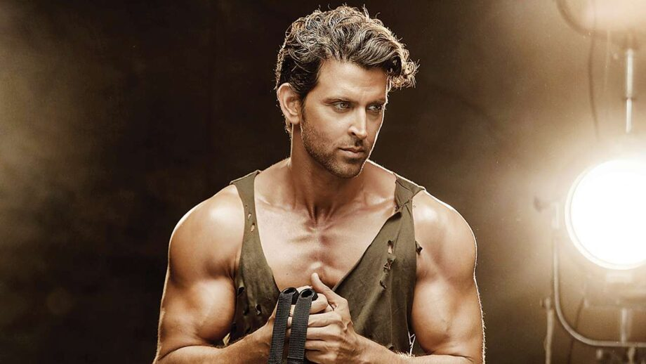 Here's Why Hrithik Roshan is the Greek God of Bollywood | IWMBuzz