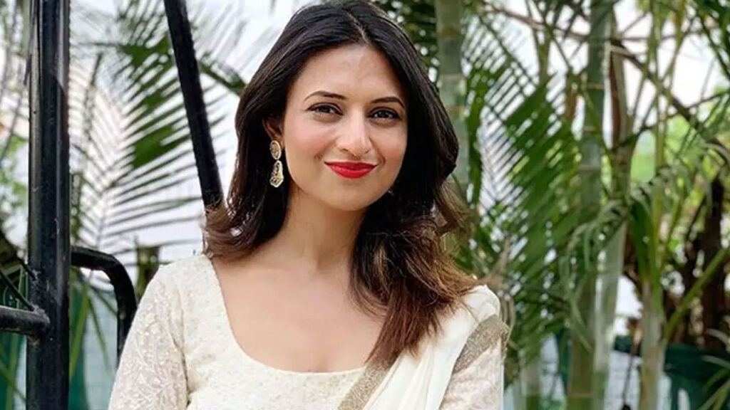 I bond with my mother-in-law over cooking: Divyanka Tripathi