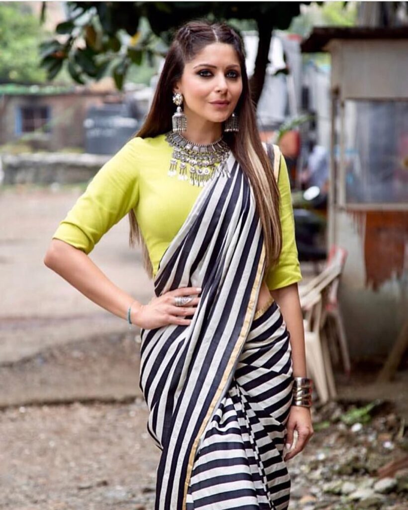 Just like her music, Kanika Kapoor's style is on point too 1