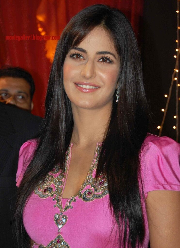 Katrina Kaif is a stunner whenever she smiles 1