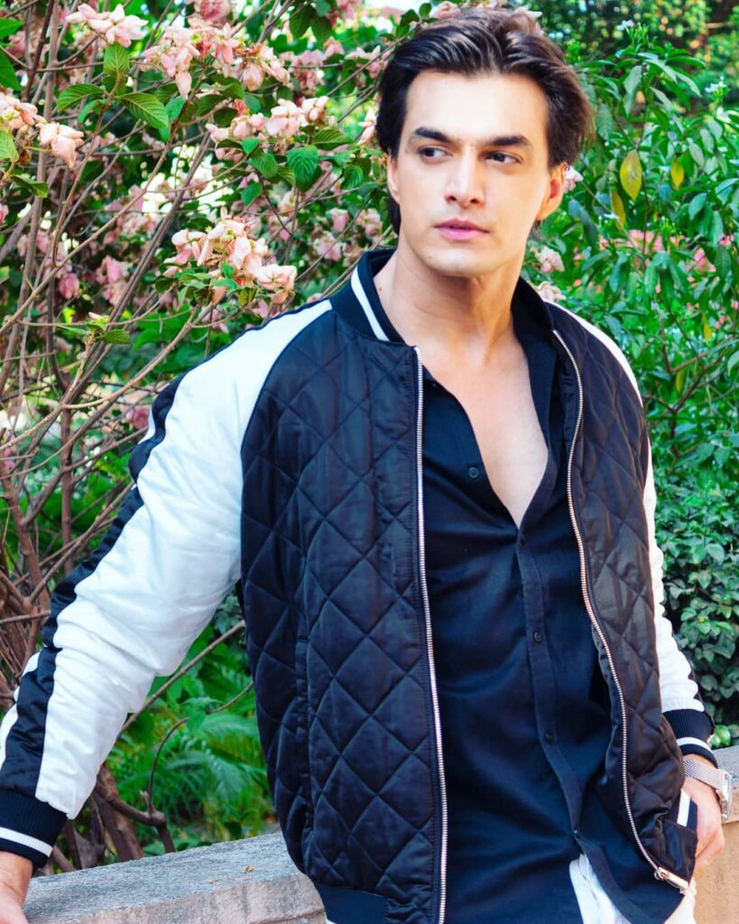 Mohsin Khan is the perfect man in black 1