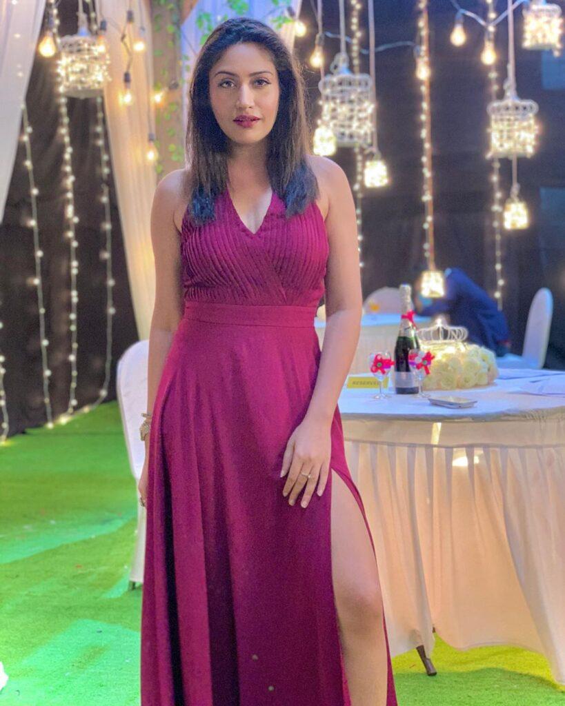 Surbhi Chandna: The stylish diva of Indian TV 5