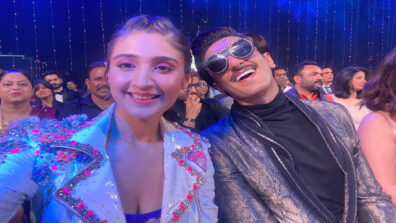 Dhvani Bhanushali has a fan moment with Ranveer Singh