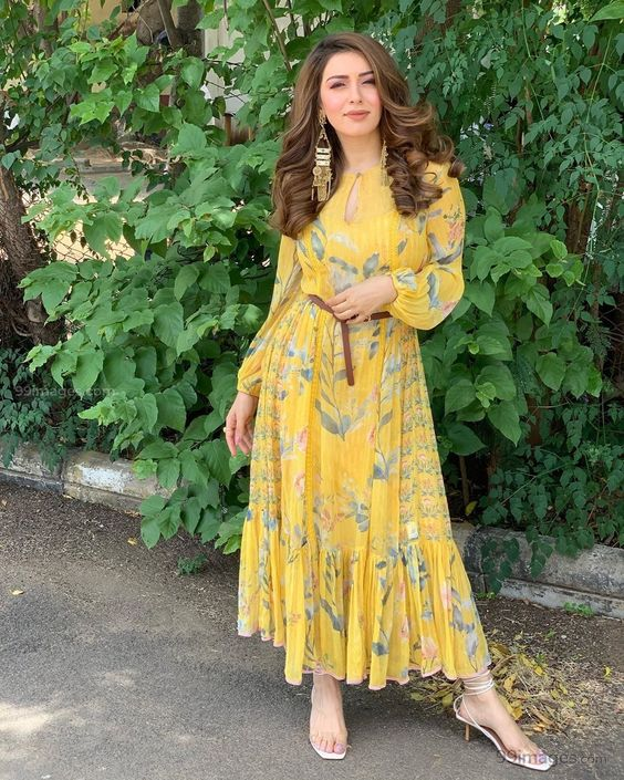 Temperatures soaring high with these pictures of Hansika Motwani 2