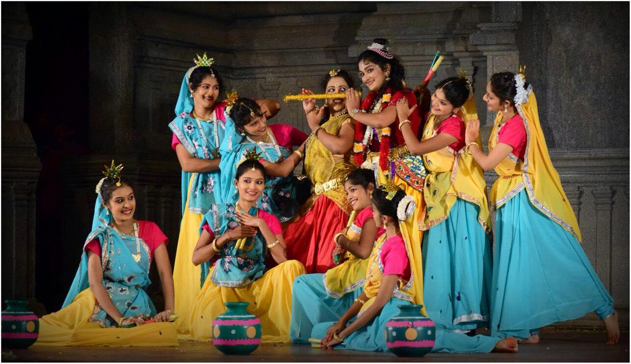 Women in Modern Indian Theater 5