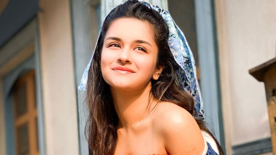 Avneet Kaur's sun-kissed pictures will make you fall in love 6