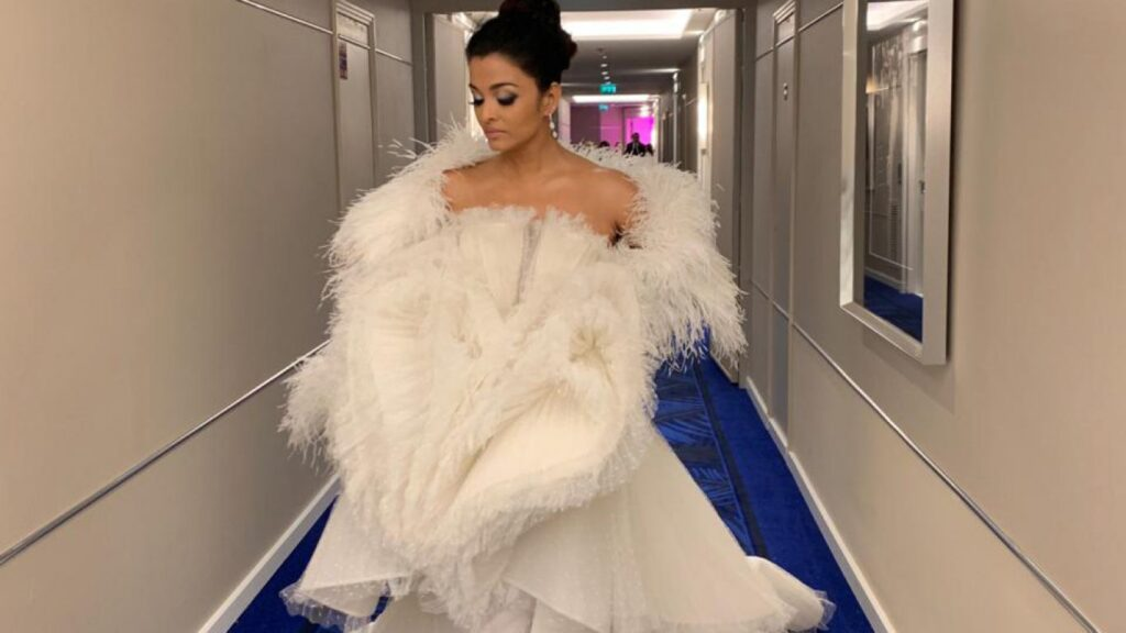 Check how Aishwarya Rai Bachchan has evolved with her Cannes outfits so far 1