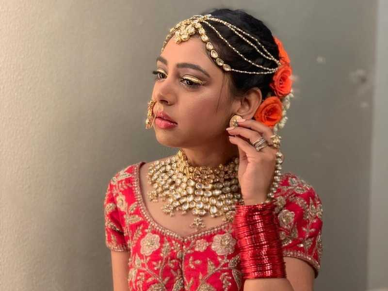From Kaisi Yeh Yaarian to Ishqbaaz, Niti Taylor's complete style transformation 8