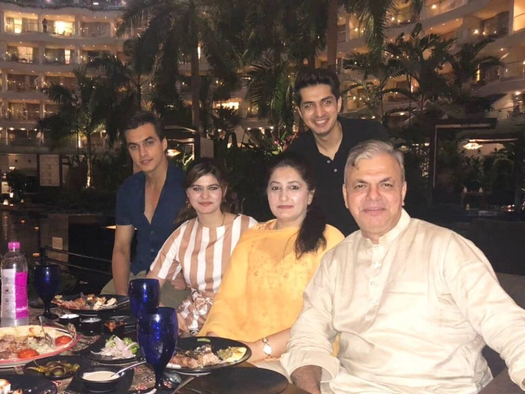 Here's why Mohsin Khan is Television's complete family man 3