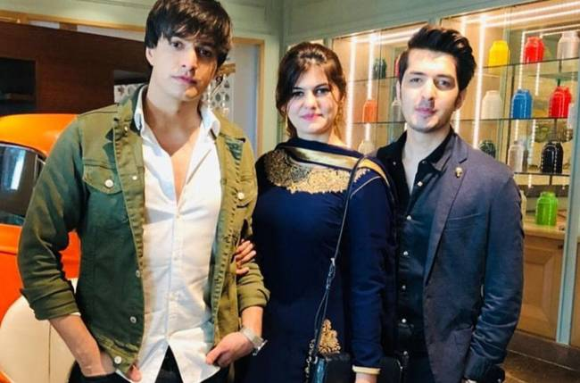 Here's why Mohsin Khan is Television's complete family man 5