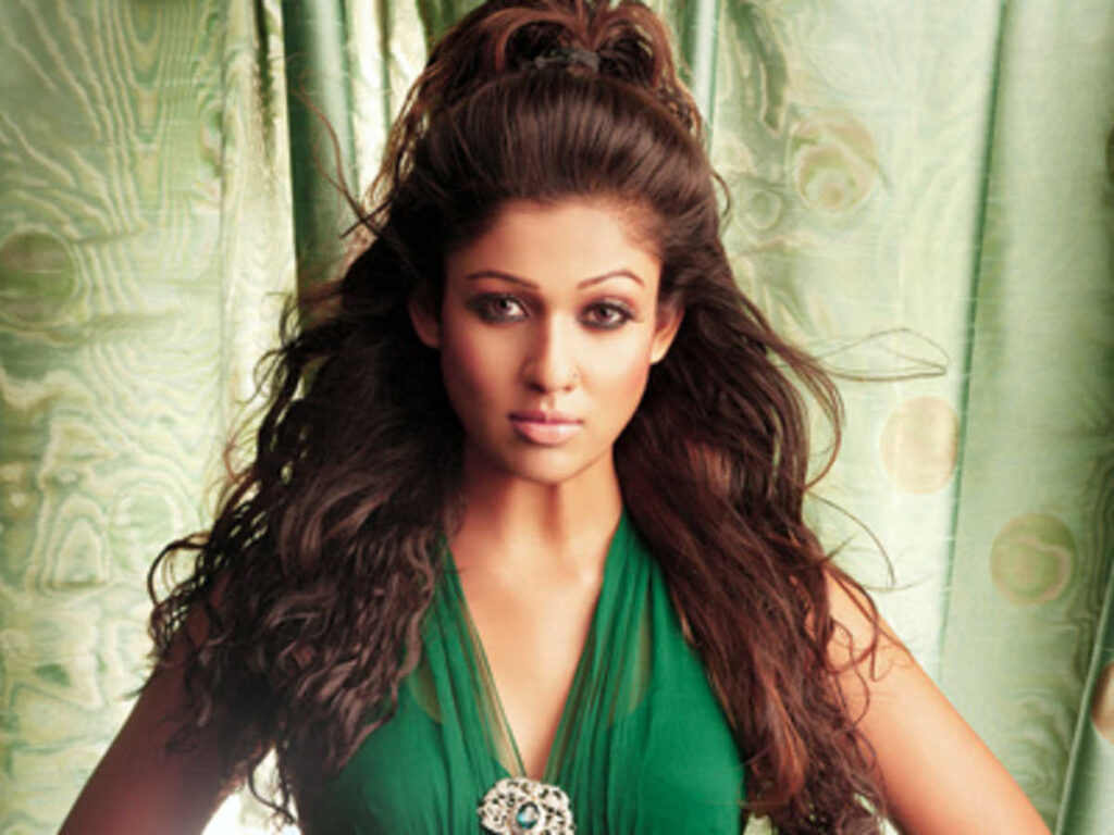 If You're Nayanthara Fan, Follow These Party Hairstyles 3