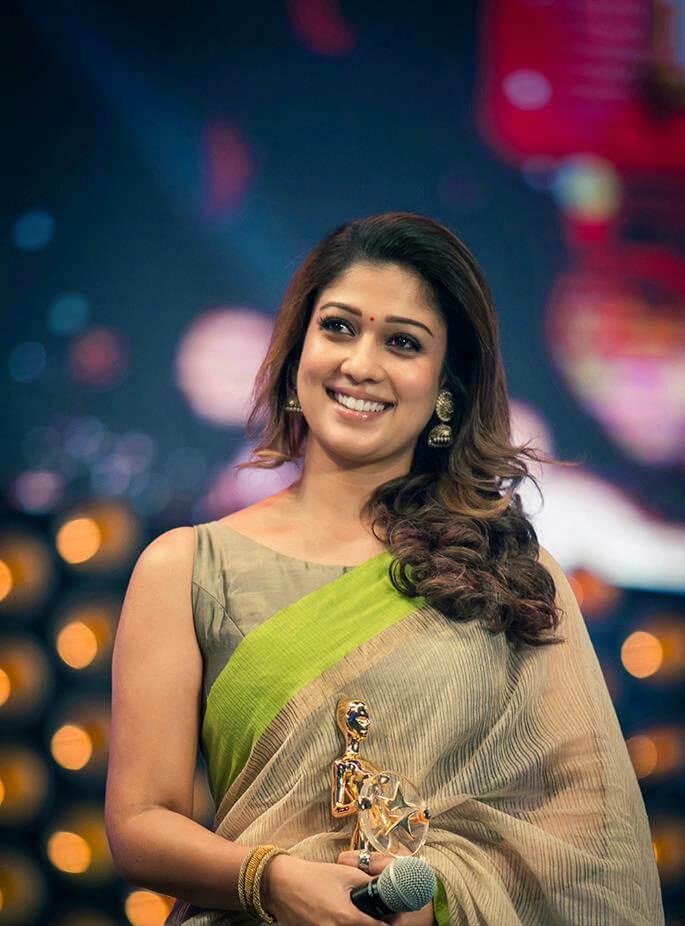 Nayanthara's HOTTEST saree looks 3