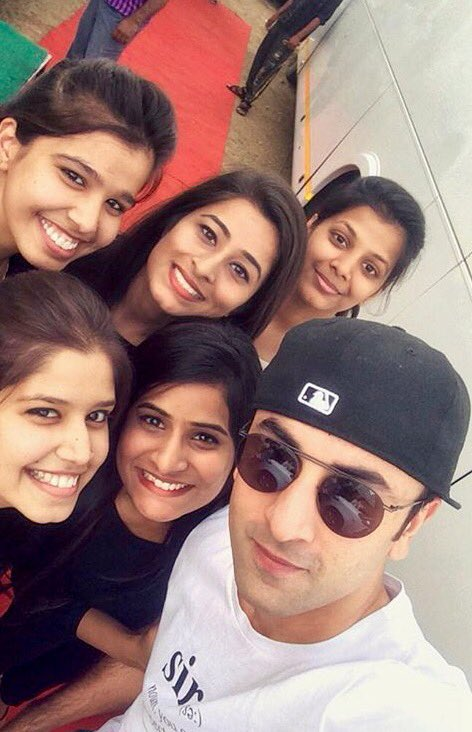 Ranbir Kapoor's best moments with his fans! 2