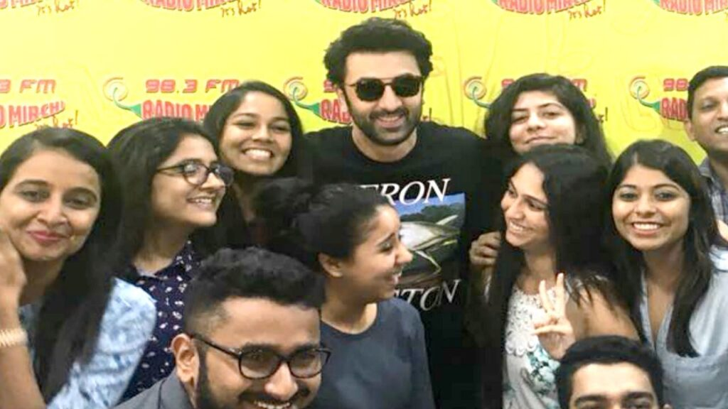 Ranbir Kapoor's best moments with his fans! 4