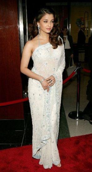Take A Style Note from Aishwarya Rai Bachchan's Sarees 13