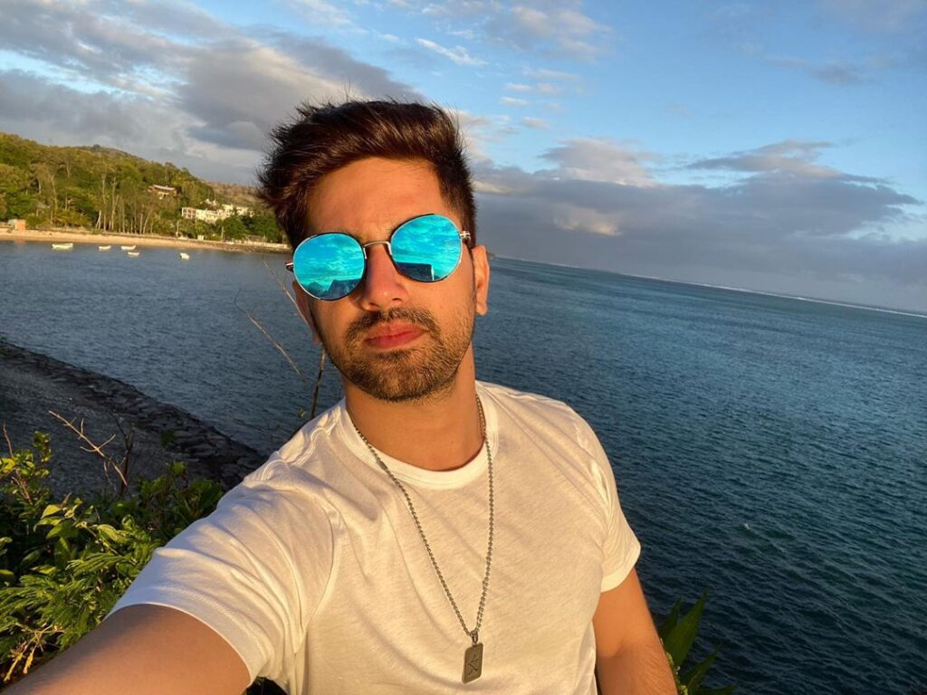 Zain Imam:Travel pictures are truly inspiring 6